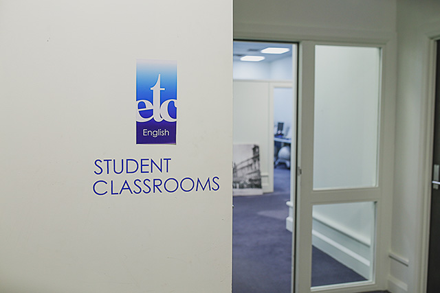 English Teaching College(ETC) / イングリッシュ ティーチング カレッジ デミペア